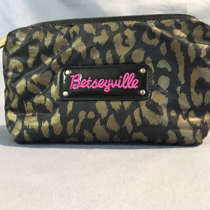 betseyville padded cosmetic bag